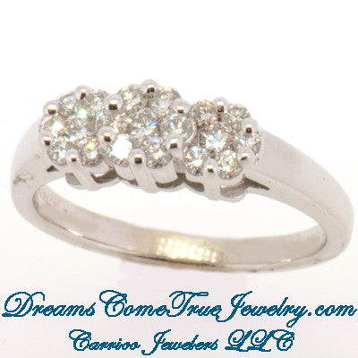 14K White Gold 0.72 ctw Ladies Diamond Ring