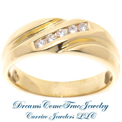 0.25 CTW 5 Diamond 14K Yellow Gold Band