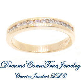 0.24 CTW 12 Diamond 14K Yellow Gold Band