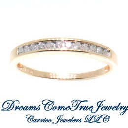 10K Gold Ladies 0.36 CTW 12 Diamond Band