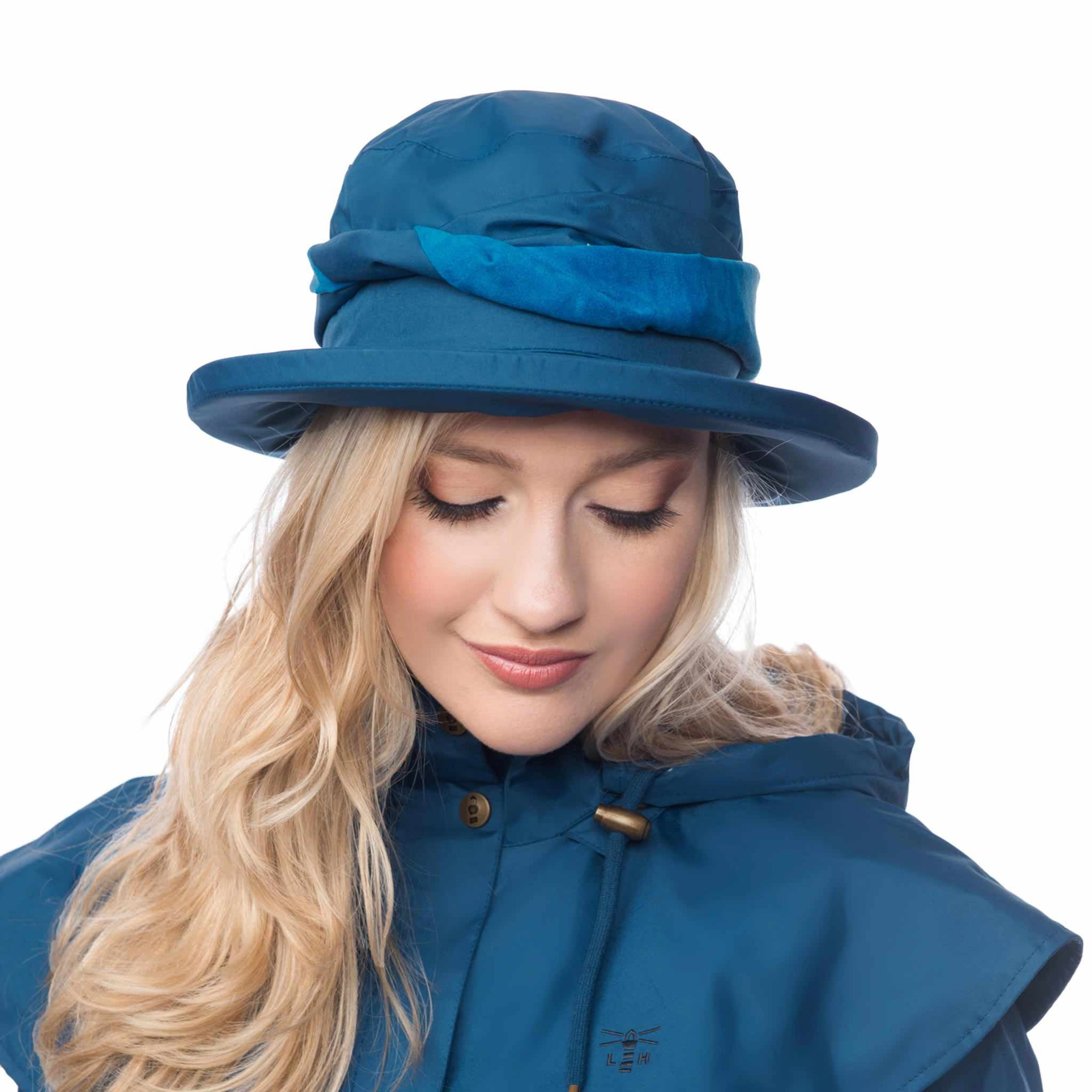 Lighthouse Womens Canterbury Cloche Hat in Blue.
