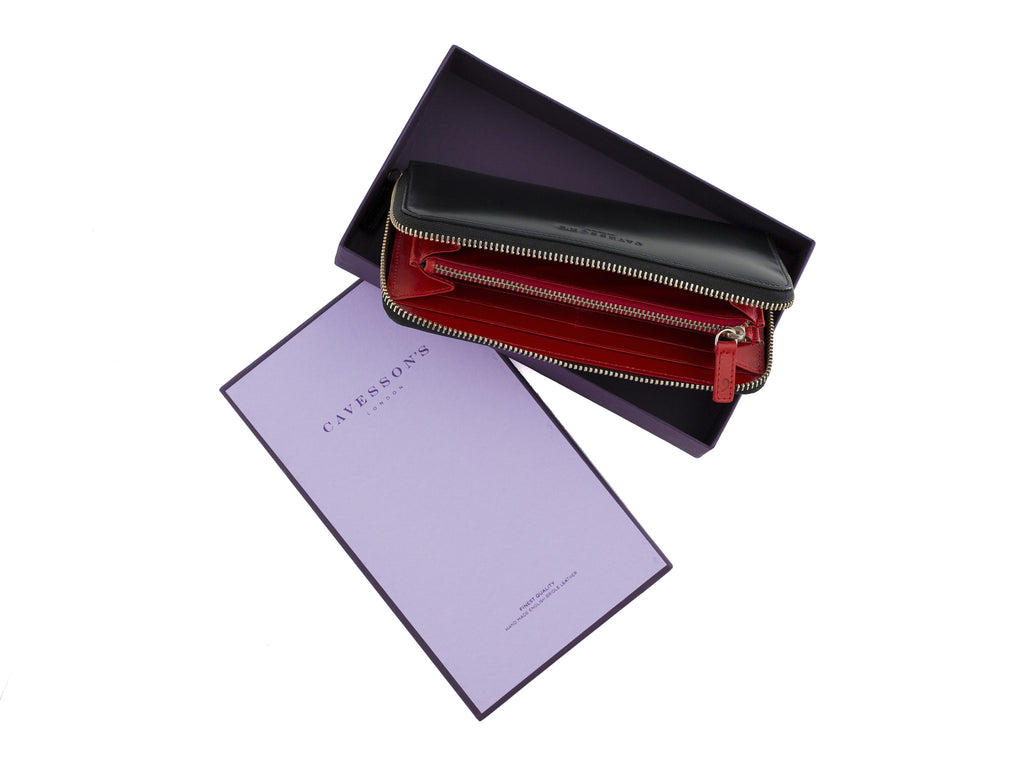 larigan black and red bridle leather zip wallet with box
