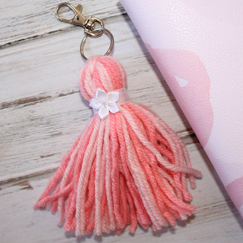 Fluffy Tassel // Blush