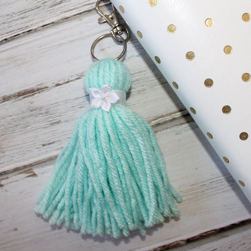 Fluffy Tassel // Mint