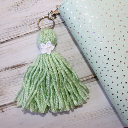 Fluffy Tassel // Fern