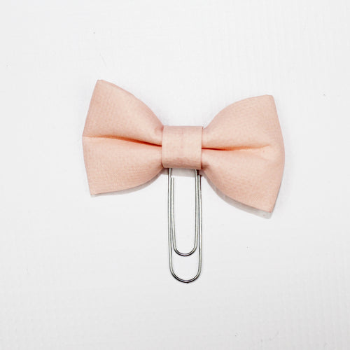 Small Bow Paperclip // Peach