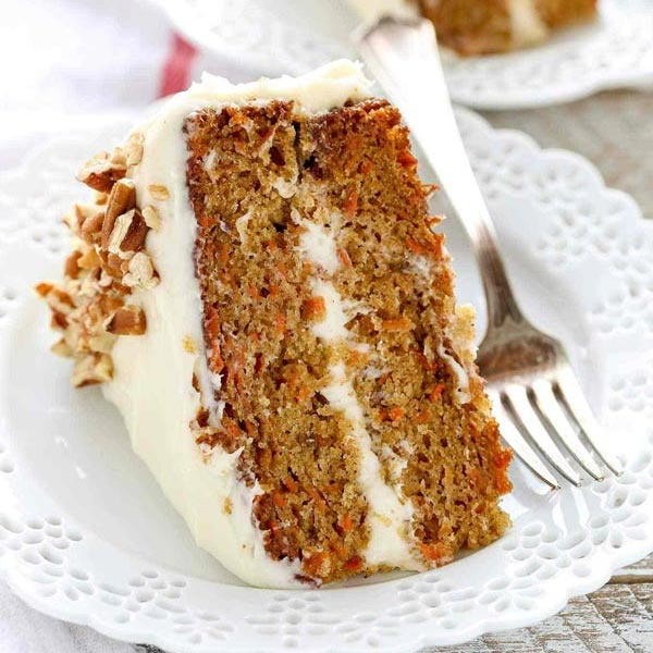 Fun Mother-Daughter Recipes For Daughters Ages 10 and Under: Carrot Cake