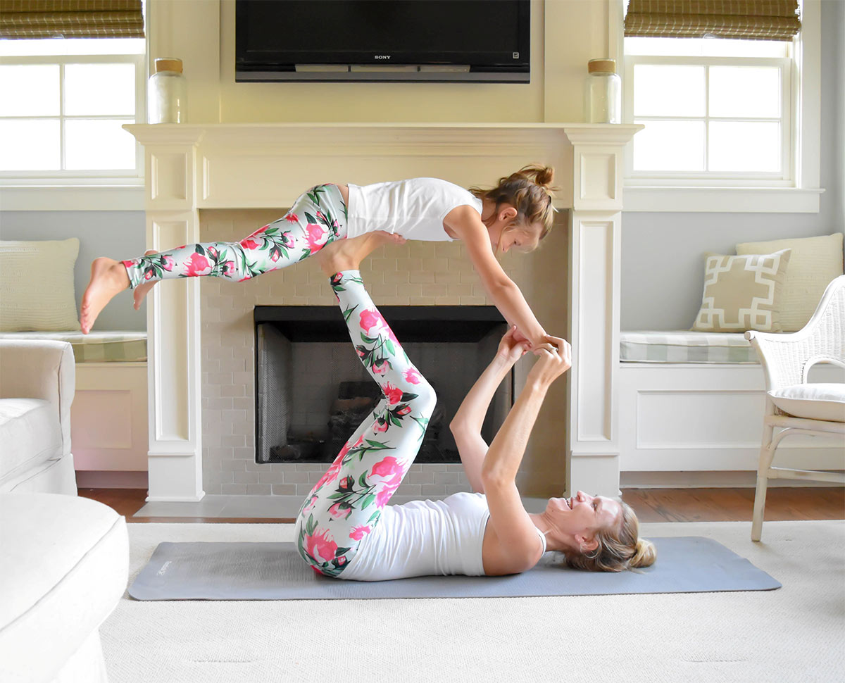 2018 Yogawear Trends Perfect for Mommy and Me Dates
