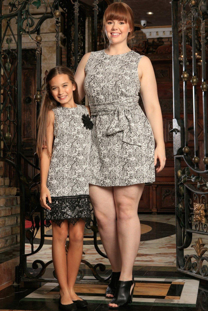 Black White Stretchy Sleeveless Trendy Day Shift Mommy and Me Dresses Plus Size