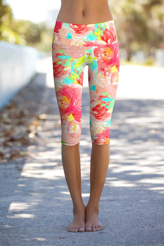 Good Idea Ellie Performance Capri Leggings - Women - Pineapple Clothing