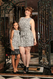 Black White Stretchy Sleeveless Trendy Day Shift Mommy and Me Dresses - Pineapple Clothing