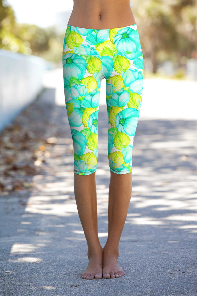 Sunny Day Ellie Performance Capri Leggings - Women - Pineapple Clothing