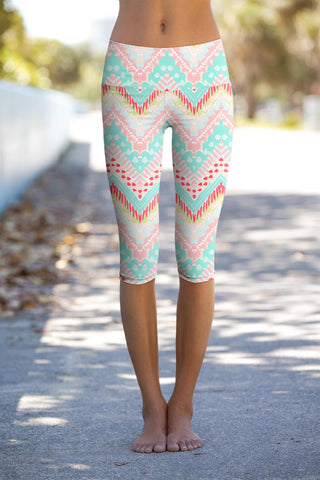 Chevron Please Ellie Geometric Print Capri Leggings Yoga Pants - Women