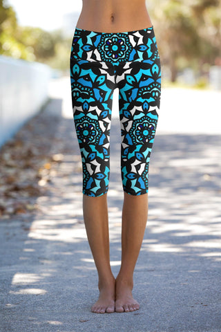 Kaleidoscope Ellie Geometric Print Performance Capri Yoga Pant - Women - Pineapple Clothing
