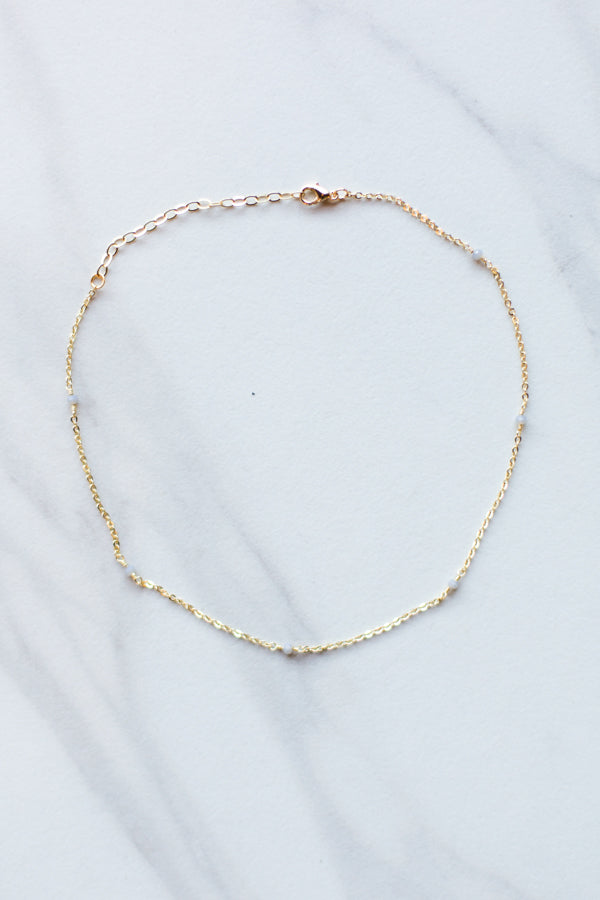 Dainty As Can Be Choker- Ivory & Gold