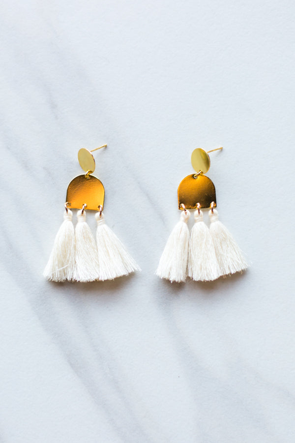 Kuzco Earrings- Cream