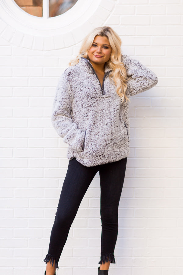 Out In The Snow Sherpa Pullover - Charcoal