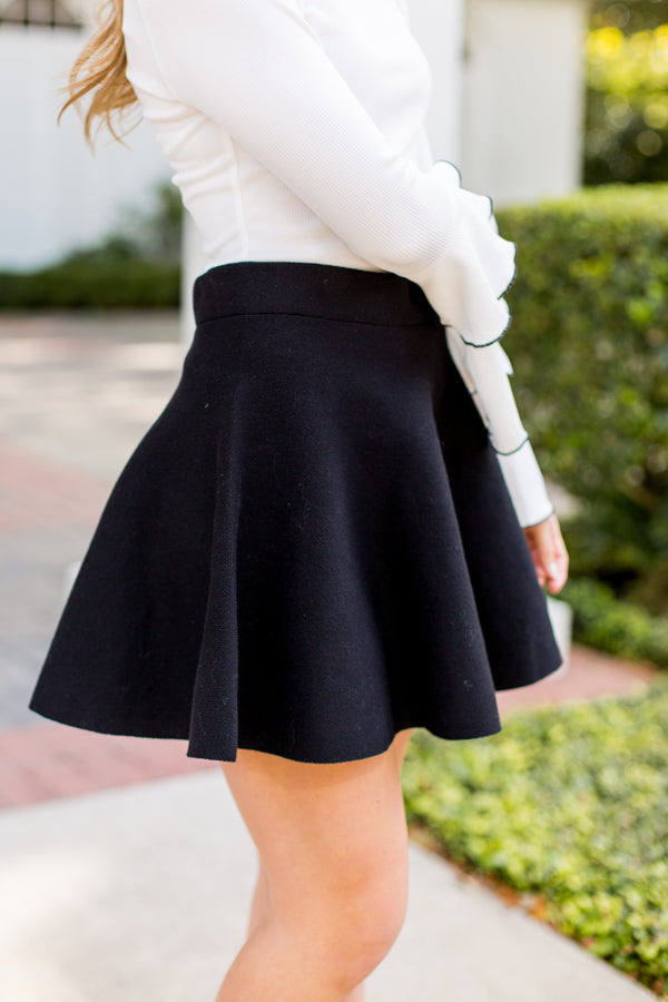 Sweet Skater Skirt- Black