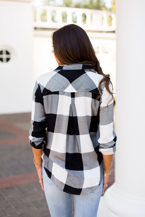 Check Mate Flannel- Black & White