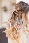 Amuse Society Swept Away Scrunchie - Natural