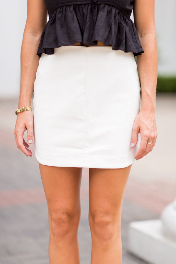 Out On Knox Skirt- White