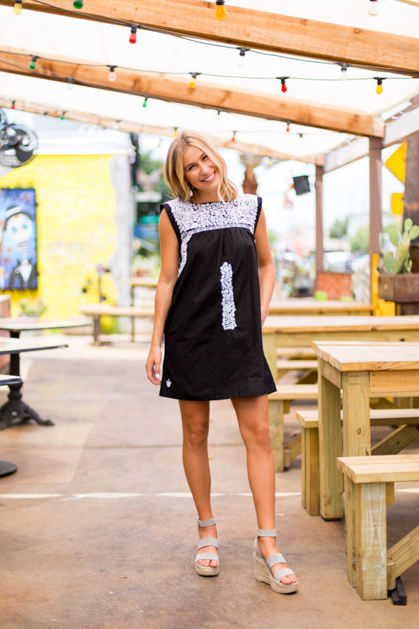 The Laura Dress- Black & White