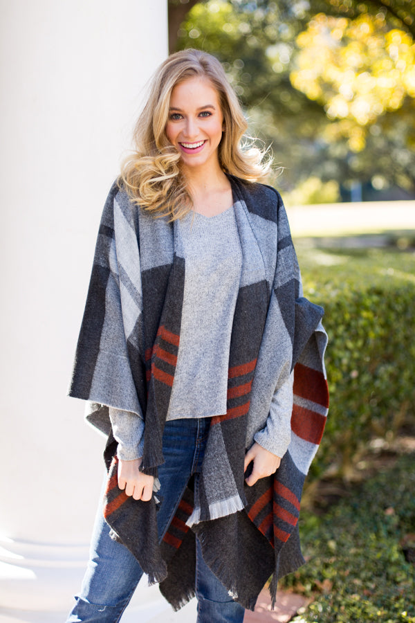 All Plaid Poncho- Charcoal