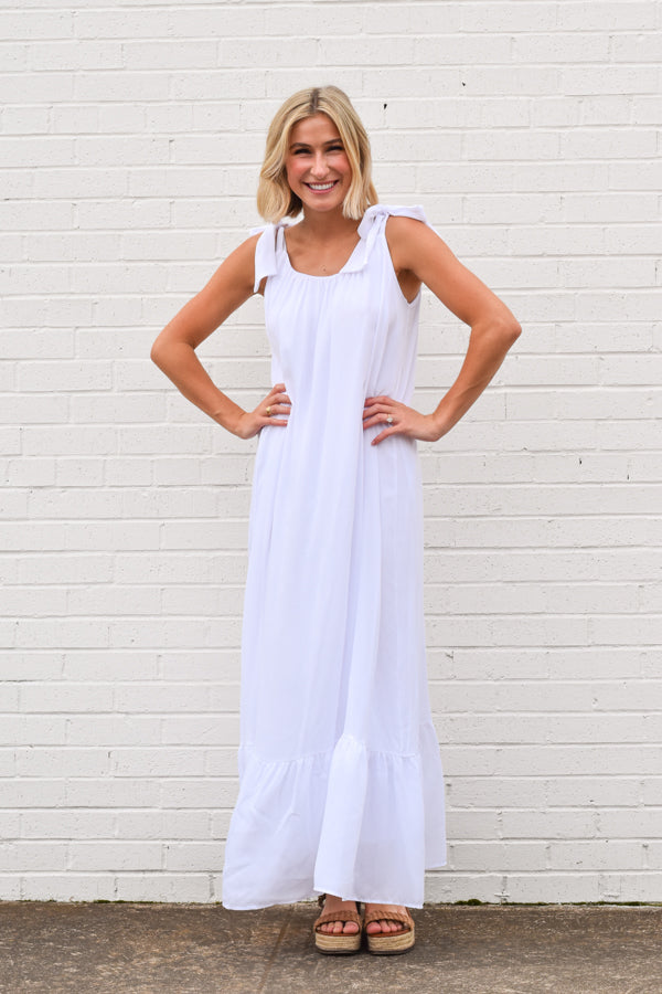 Walk On The Beach Maxi Dress - White