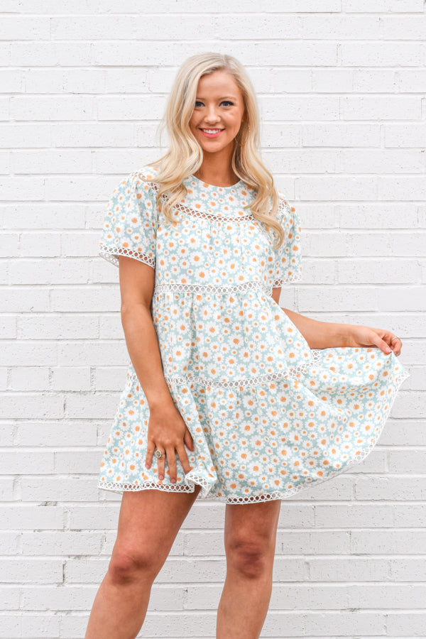 Make 'Em Smile Dress - Aqua Daisy