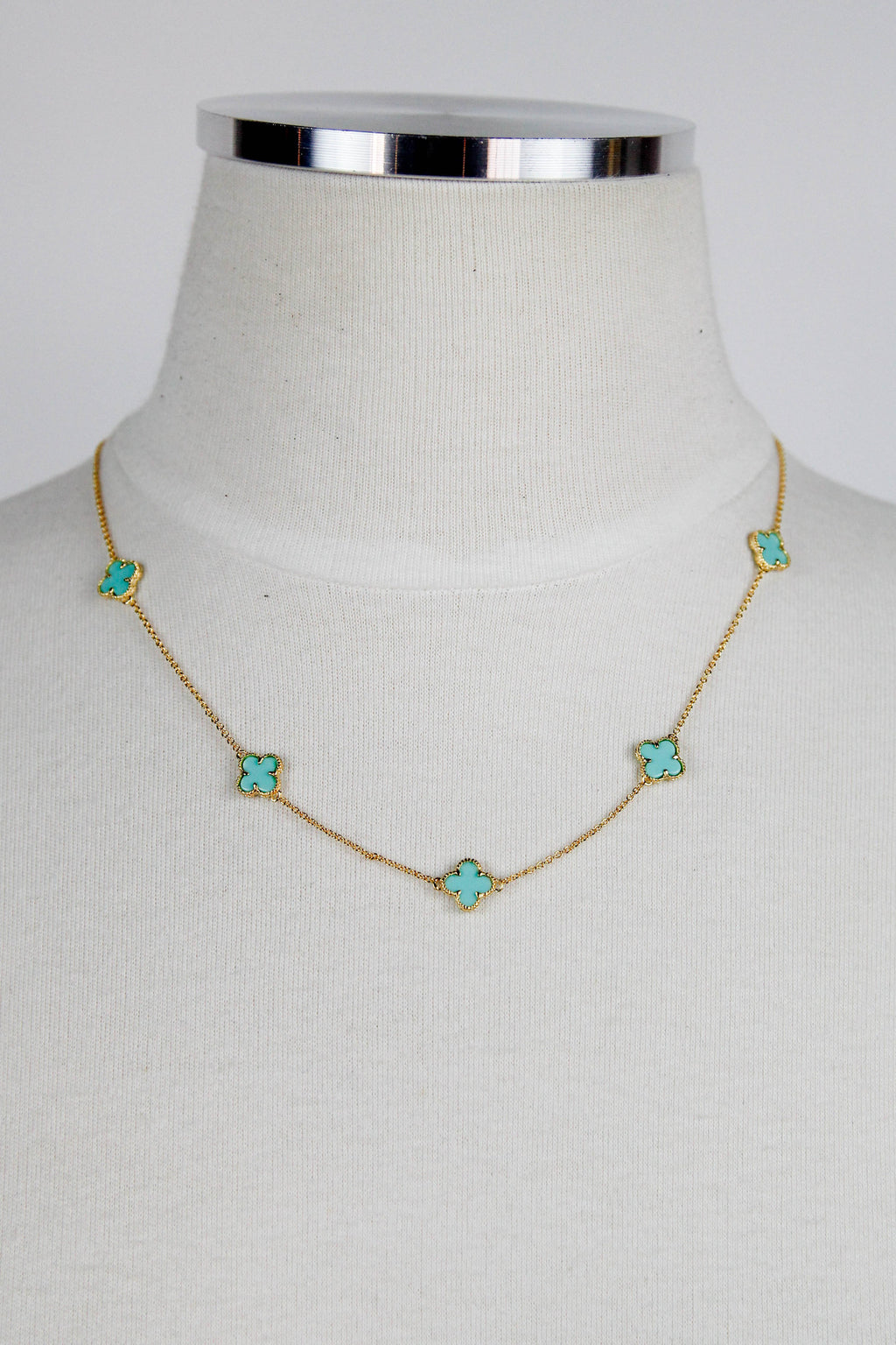Turquoise Short Clover Necklace