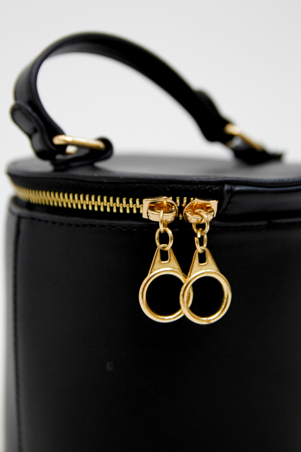 Out Of The Box Purse - Black