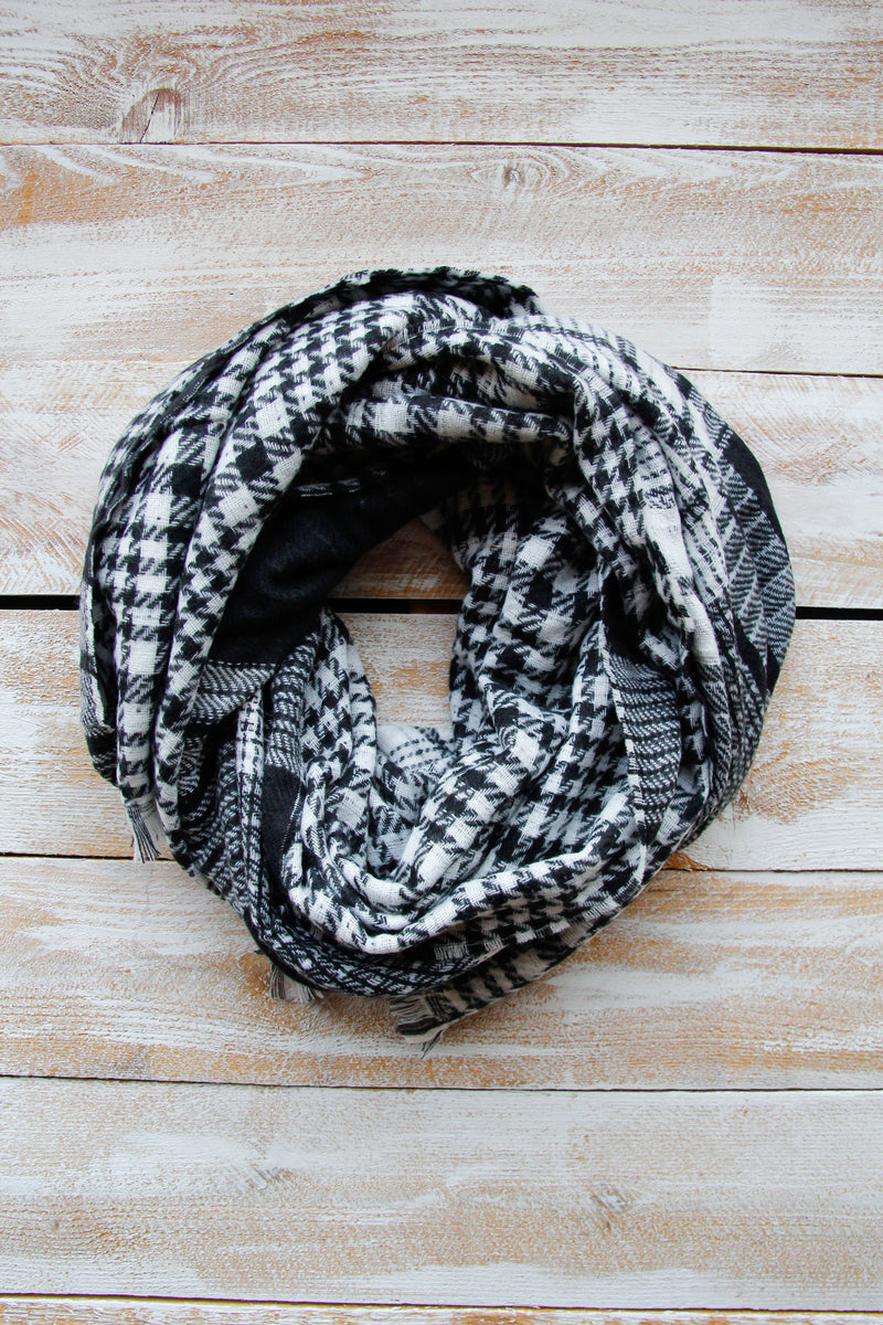 Hounds tooth & Plaid Scarf