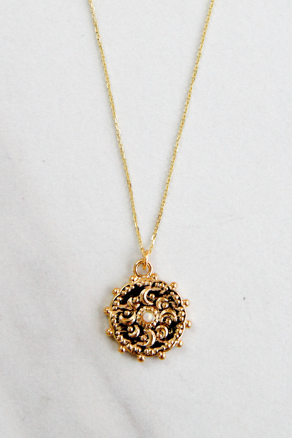 Dainty Gold Coin Necklace