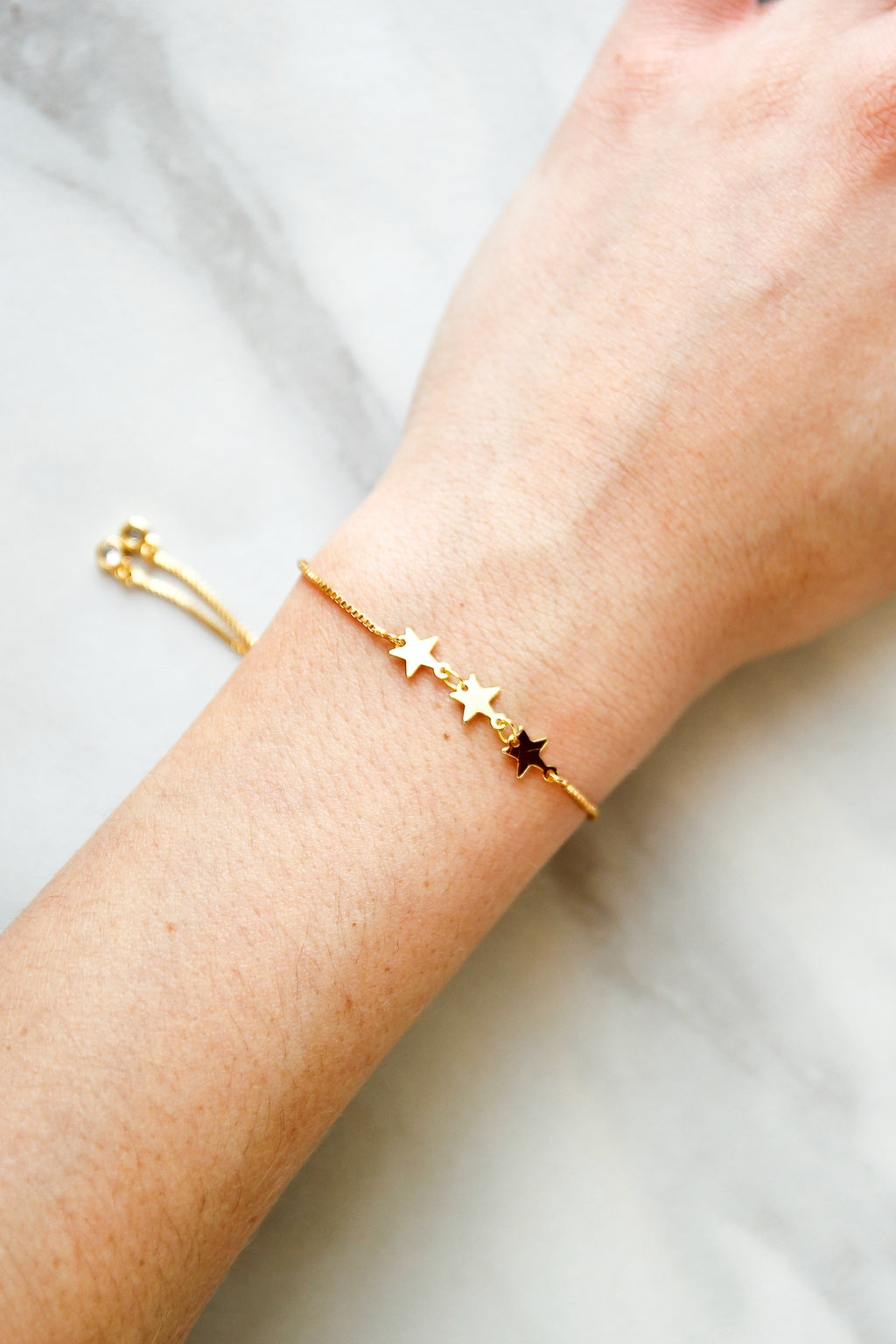 Starry Eyed Slider Bracelet - Gold