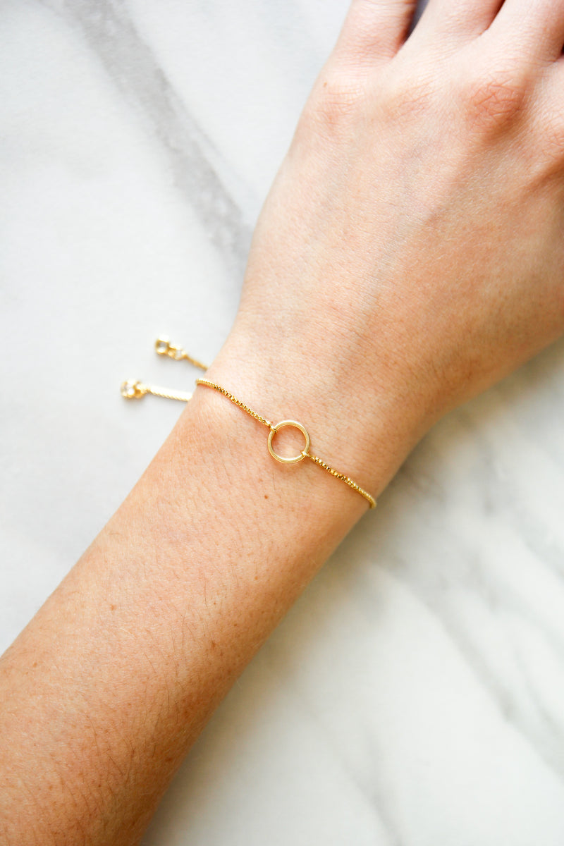 Simple Circle Slider Bracelet - Gold