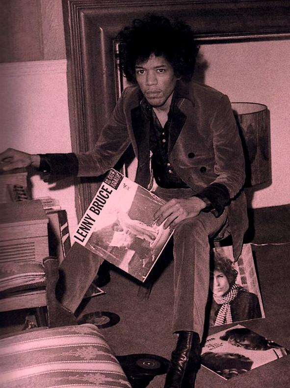 10 Iconic Musicians Enjoying Their Vinyl