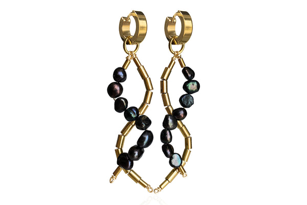 IDIS BLACK EARRINGS WITH FRESHWATER PEARLS & STAINLESS STEEL HOOPS