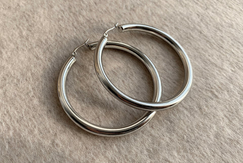 SIGNATURE STAINLESS STEEL SILVER HOOPS 6CM