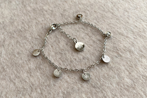 SIGNATURE SILVER STAINLESS STEEL BRACELET
