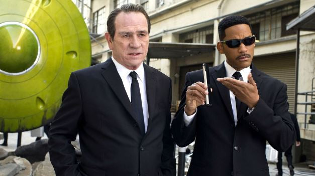 Put Together the 'Last Suit You'll Ever Wear' with This 'Men in Black' Cosplay Guide
