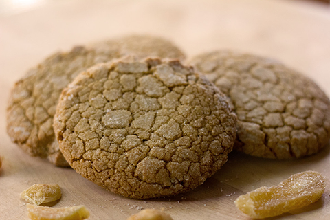 Cracked Ginger Cookies