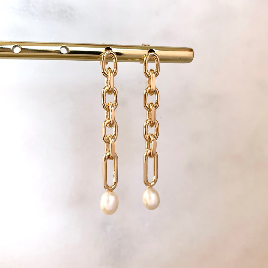 Bella Pearl Link Chain Earrings