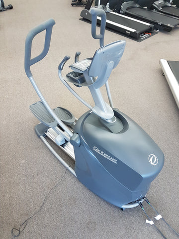 PREOWNED Octane Q37ci Elliptical with Cross circuit bsnds