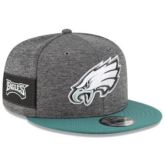 Philadelphia Eagles Grey New Era 2018 Sideline Official Home Graphite 9FIFTY Snapback Cap