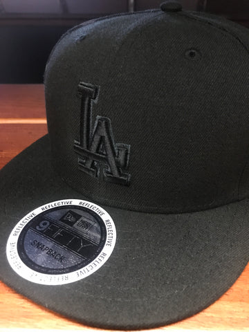 Los Angeles Dodgers New Era Black/Black Snapback Cap