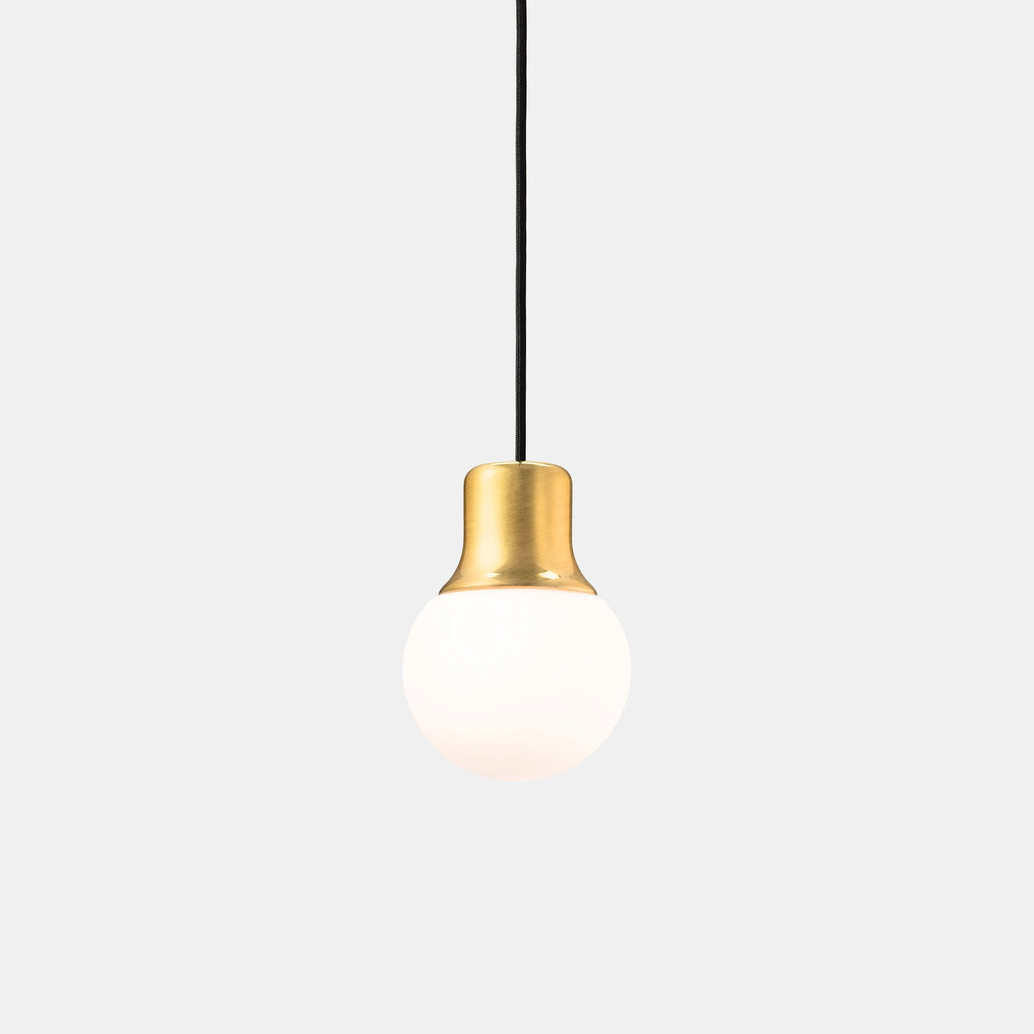 crestone clear pendant in light smoke