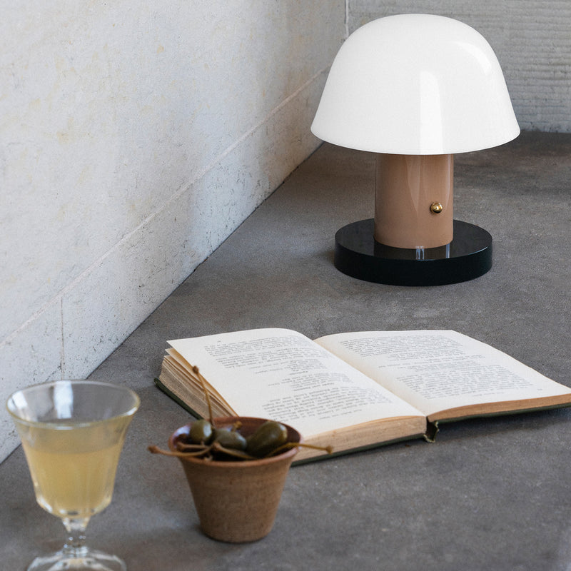 Setago JH27 Portable Table Lamp