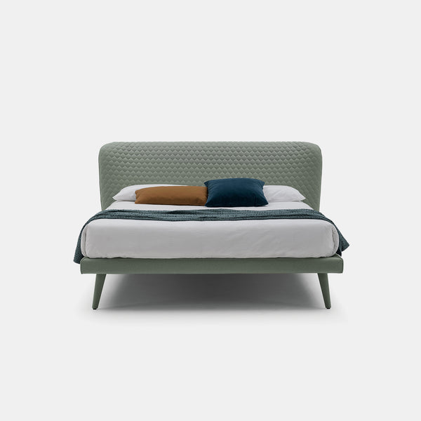 Corolle Bed