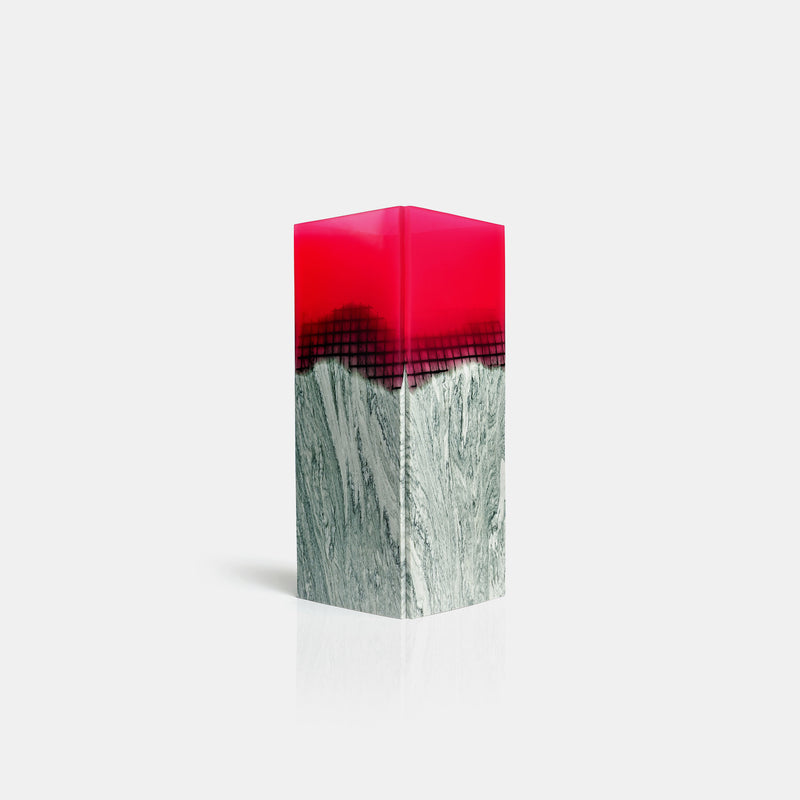 Agua Orilla Marble Vase - Fuchsia - Monologue London