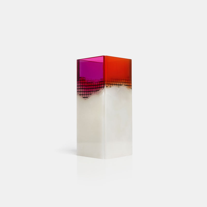 Agua Orilla Onyx Vases - Monologue London